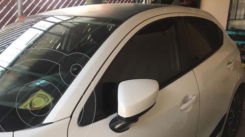 Mazda 2 i Grand Touring Aut usado (2016) color Blanco precio $190,000