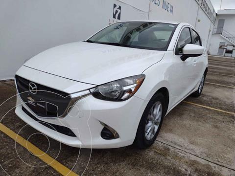 Mazda 2 i Touring Aut usado (2019) color Blanco precio $235,000