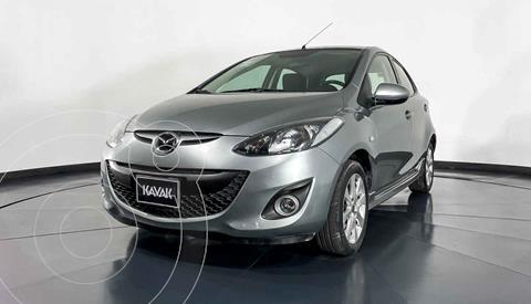 Mazda 2 Touring  usado (2013) color Plata precio $144,999