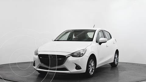 Mazda 2 Touring usado (2016) color Blanco precio $212,500