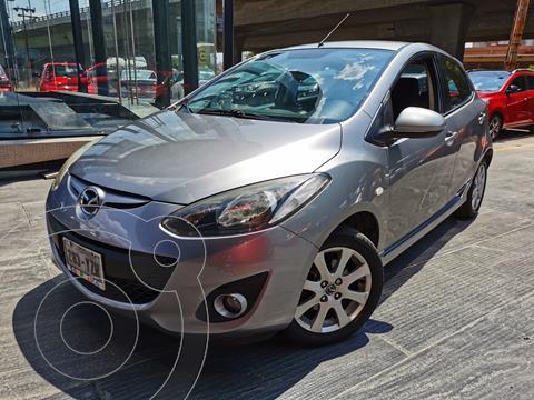 Mazda 2 Touring  usado (2013) color Plata financiado en mensualidades(enganche $54,000 mensualidades desde $8,597)