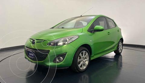 Mazda 2 Touring usado (2013) color Verde precio $122,999