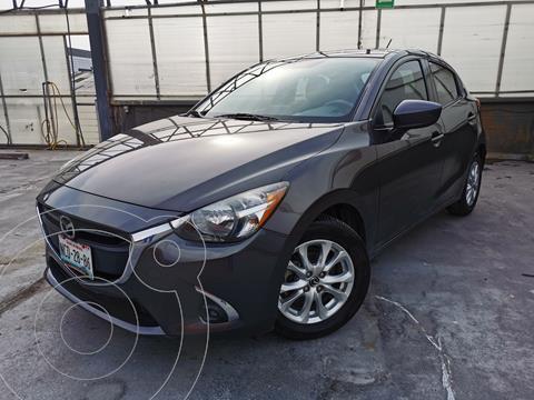 Mazda 2 i Touring usado (2018) color Gris Meteoro precio $220,000