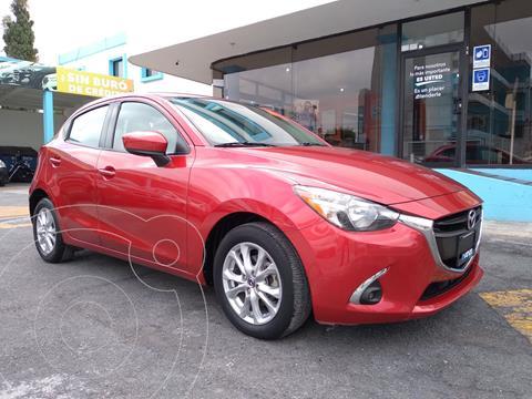 Mazda 2 Touring usado (2018) color Rojo Cobrizo precio $249,000