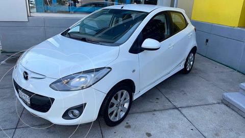 Mazda 2 Touring Aut usado (2013) color Blanco precio $137,000