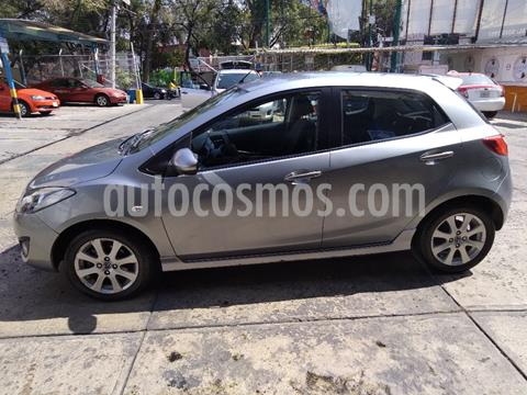 Mazda 2 Touring Aut usado (2013) color Gris precio $122,000