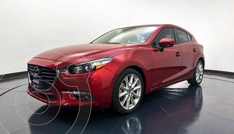Mazda 3 Hatchback s usado (2017) color Rojo precio $264,999