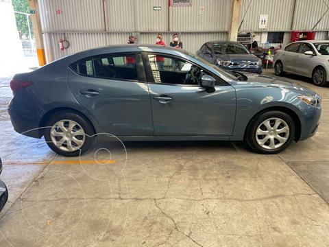 Mazda 3 Hatchback i usado (2015) color Azul precio $170,000