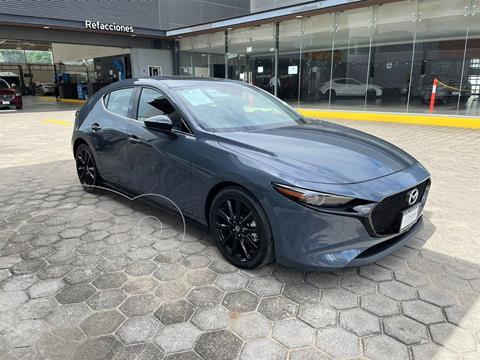 Mazda 3 Hatchback Signature  usado (2021) color Gris precio $480,000