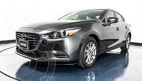 foto Mazda 3 Hatchback s  Aut usado (2017) color Gris precio $252,999