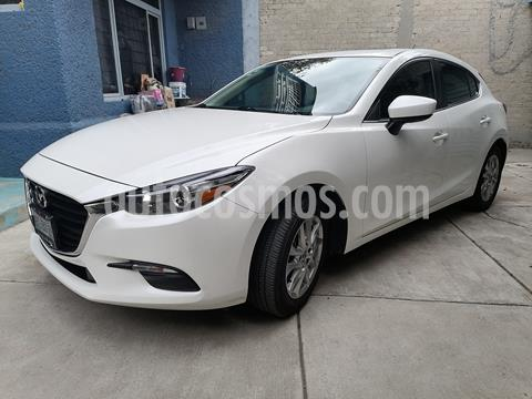 Mazda 3 Hatchback i Touring Aut usado (2017) color Blanco precio $235,000