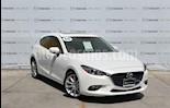 Foto venta Auto usado Mazda 3 Hatchback s (2018) color Blanco Perla precio $305,000