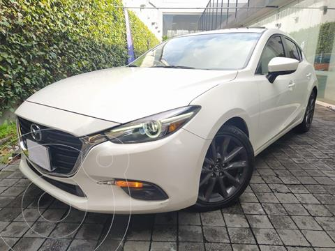 Mazda 3 Sedan s Grand Touring Aut usado (2017) color Blanco precio $299,000