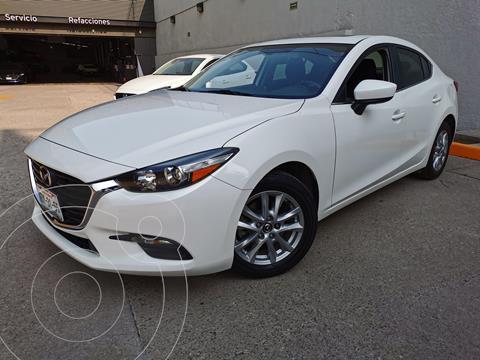 Mazda 3 Sedan i Touring usado (2018) color Blanco Perla precio $245,000
