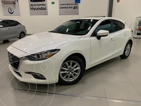Mazda 3 Sedan i Touring usado (2017) color Blanco precio $259,900