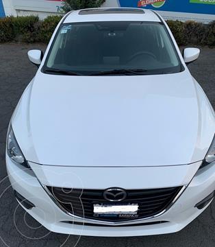 Mazda 3 Sedan i Touring usado (2015) color Blanco Perla precio $186,000