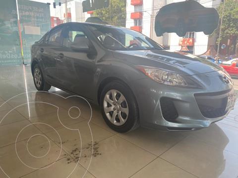 Mazda 3 Sedan i  usado (2013) color Gris precio $135,000