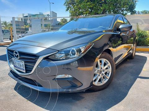 Mazda 3 Sedan i Touring Aut usado (2016) color Gris Meteoro precio $250,000