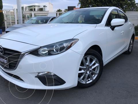 Mazda 3 Sedan i Touring Aut usado (2015) color Blanco Perla precio $200,000