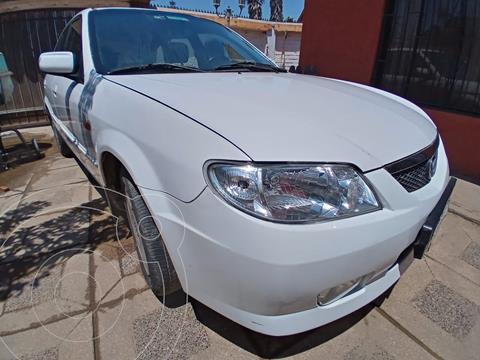 Mazda 323 HB 1.6 GLF S3  usado (2004) color Blanco precio $3.000.000