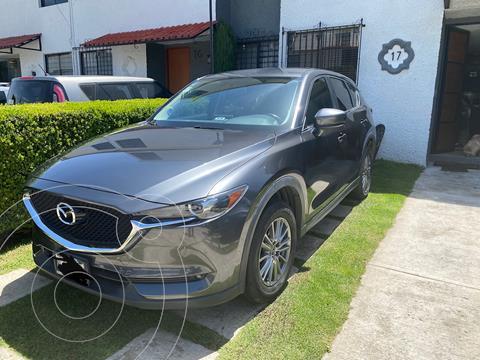 Mazda CX-5 2.0L i Sport usado (2018) color Gris Titanio precio $320,000