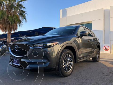 foto Mazda CX-5 2.0L i Sport usado (2018) color Gris precio $330,000