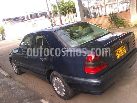 Mercedes Benz Clase C 180 Avantgarde usado (1999) color Azul Oscuro precio $23.000.000