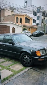 Mercedes Benz Clase E (SEDAN) 240 Elegancev6,2.4i,18v A 2 1 usado (1988) color Negro precio u$s3,800