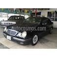 Foto venta carro usado Mercedes Benz Clase E 240 Elegancev6,2.4i,18v A 2 1 (2000) color Negro precio u$s8.500