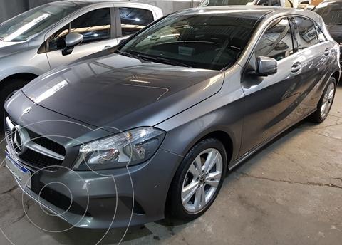 Mercedes Clase A 200 Urban Aut usado (2018) color Gris precio u$s25.500