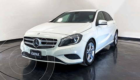 Mercedes Clase A 200 CGI Aut usado (2014) color Blanco precio $267,999