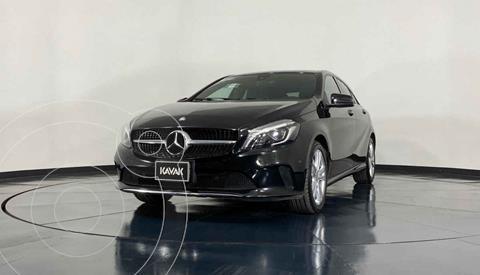 Mercedes Clase A 200 CGI Urban Aut usado (2017) color Blanco precio $366,999