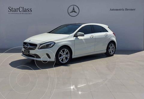 Mercedes Clase A 200 CGI Urban Aut usado (2017) color Blanco precio $349,900