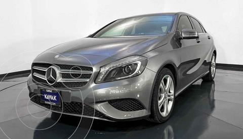foto Mercedes Clase A 200 CGI Aut usado (2014) color Gris precio $257,999