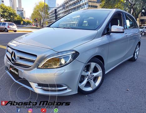 Mercedes Clase B 200 Sport Aut  usado (2012) color Gris Cometa precio u$s14.900