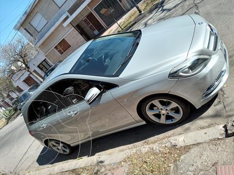 Mercedes Clase B 200 Sport Aut  usado (2013) color Gris precio $2.300.000