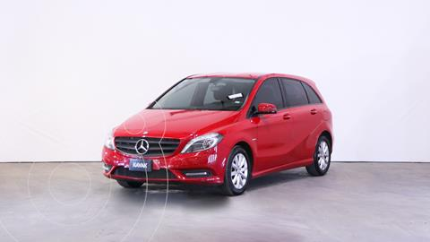 Mercedes Clase B 200 City  usado (2013) color Rojo Jupiter precio $2.410.000