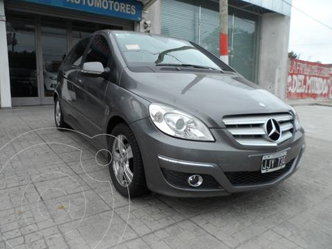 Mercedes Clase B 180 usado (2010) color Gris Cometa financiado en cuotas(anticipo $470.000)