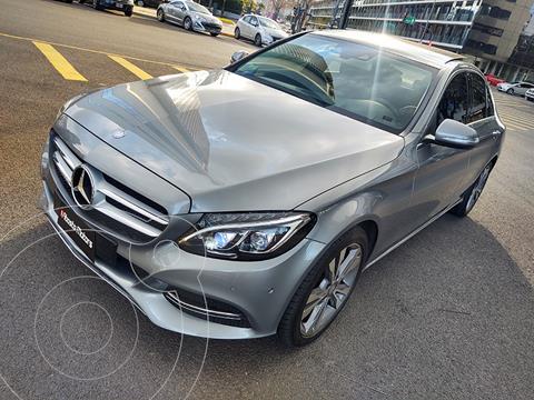 Mercedes Clase C C250 Avantgarde Aut usado (2016) color Gris Tenorita precio u$s37.900