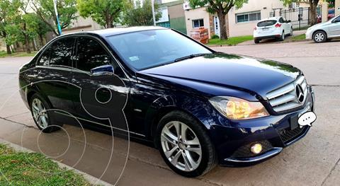 Mercedes Clase C C200 CGI Blue Efficiency 1.8L usado (2012) color Azul Tanzanita precio $2.600.000