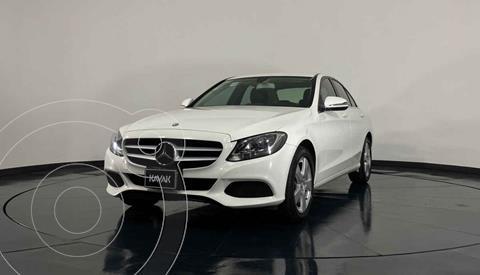 Mercedes Clase C 180 Aut usado (2016) color Blanco precio $327,999