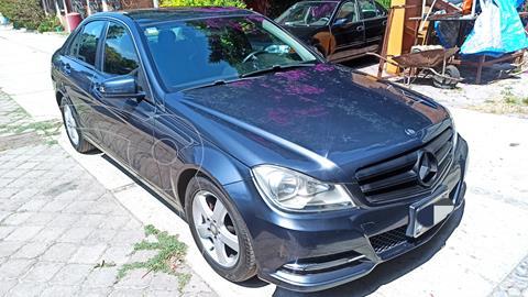 Mercedes Clase C 180 CGI Aut NAVI usado (2013) color Gris precio $175,000