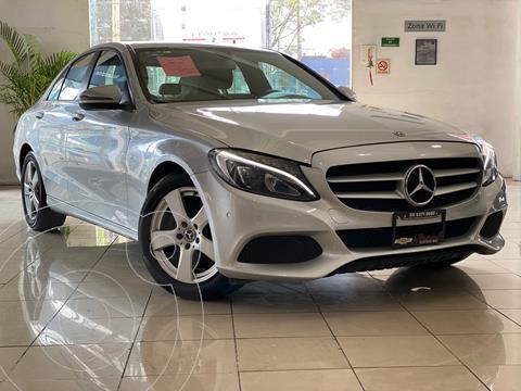 Mercedes Clase C 180 Aut usado (2018) color Plata Dorado precio $367,000