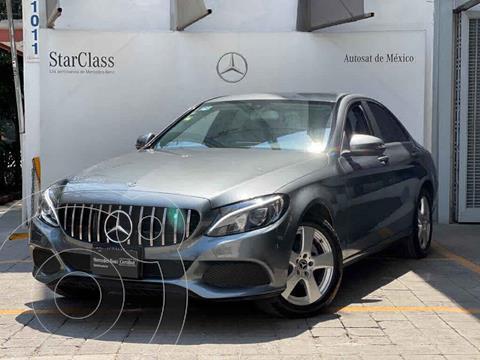 Mercedes Clase C 180 Aut usado (2018) color Gris precio $440,000