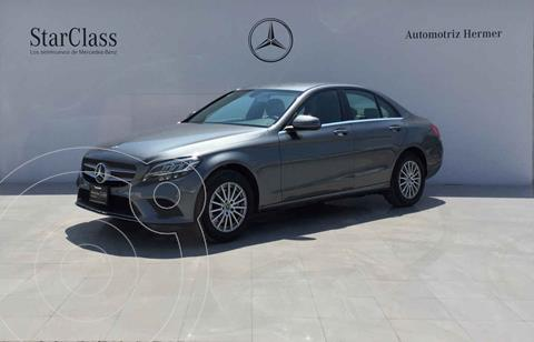 Mercedes Clase C 200 Aut usado (2020) color Gris precio $652,900