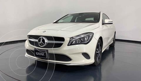 Mercedes Clase CLA 200 CGI usado (2017) color Blanco precio $394,999