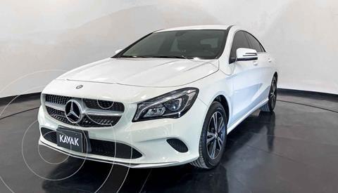 Mercedes Clase CLA 200 CGI Sport usado (2017) color Blanco precio $384,999