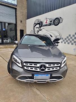 Mercedes Clase GLA 200 Urban Aut usado (2017) color Plata precio u$s33.500