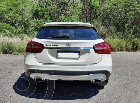 Mercedes Clase GLA 200 Urban Aut usado (2017) color Blanco Cirro precio u$s35.900