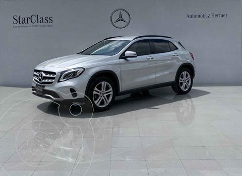 Mercedes Clase GLA 200 CGI usado (2018) color Plata precio $399,900